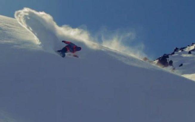 スノーボード・アンバサダー、ジョシュ・ダークセンとのチリ、ポルティージョでのスノー製品テスト