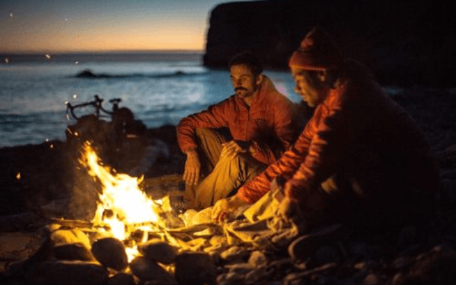 カノアとダン。お忍びのキャンプ場と完璧な天気 写真:ケレン・キーン