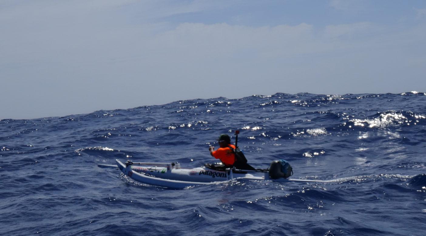 風の吹く先にはネリヤカナヤ(理想郷)。カヌーに書いているたくさんのメッセージに励まされながら