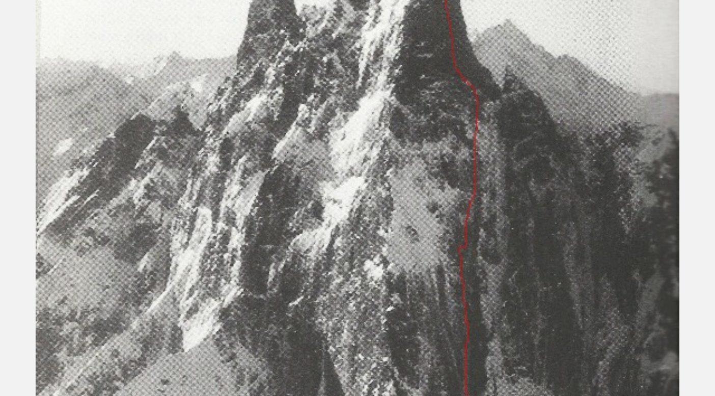 カスケード山脈北部にあるスレス山北壁の「ハート・オブ・ダークネス(闇の奥)」。ブリティッシュ・コロンビア。Photo: Jim Nelson
