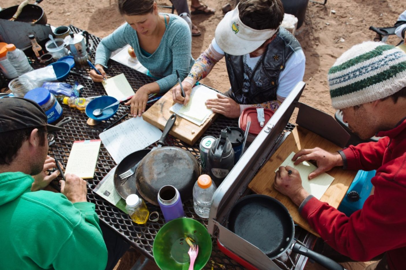 インディアン・クリークを守るためにペンと紙を取る。ユタ州南東部のベアーズ・イヤーズ。写真:Photo: Matty Van Biene