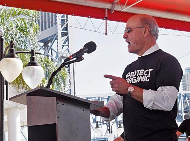 NOSB前議長、〈ロデール・インスティチュート〉理事、2010年度作物小委員会メンバーのジェフ・モイヤー