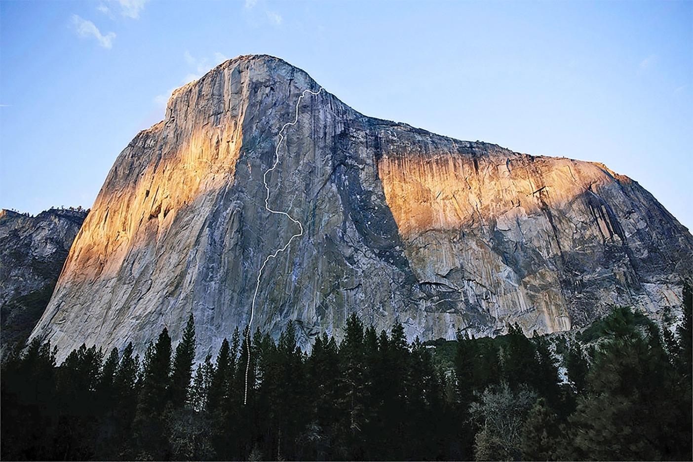 秋のエル・キャピタン。この岩が、クインの人生を二度変えることになる。Photo: Nate Ptacek