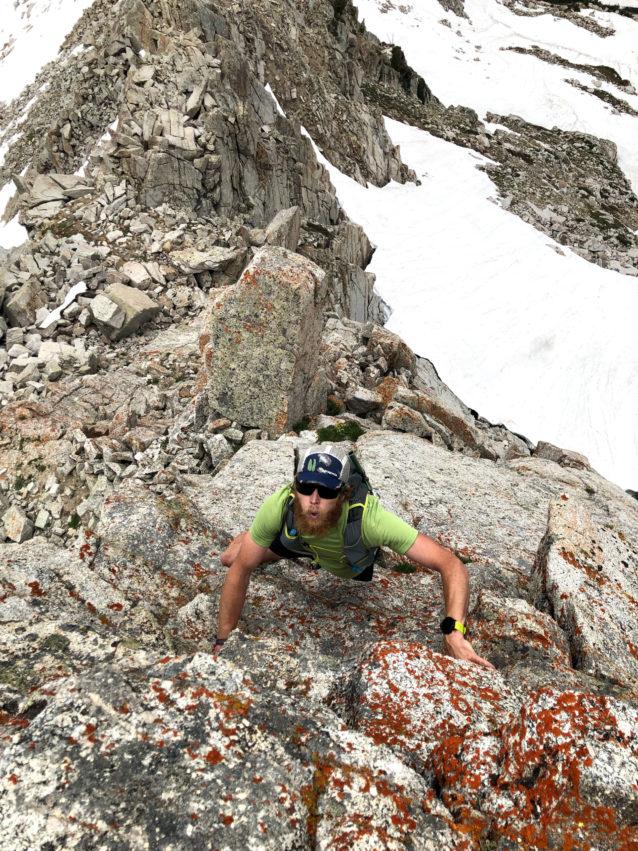 「WURL」のためのトレーニングは、他のトレイルレースに備えるのとは異なる。そもそもランニングルートではないため、ガレ場や崖錐を登る冒険に加え、むき出しの地形もふんだんに盛り込まれている。 Photo:Jared Campbell